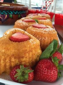Limoncello Cakes
